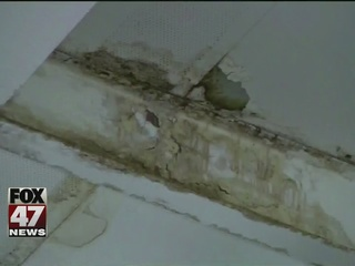 Detroit schools redirect money, fix buildings
