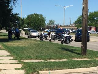 3 Lansing police officers involved in accident