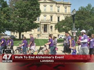 Hundreds attend Walk To End Alzheimer's event
