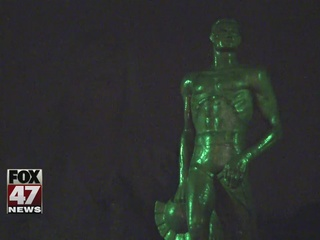 Students guard Sparty statue in East Lansing