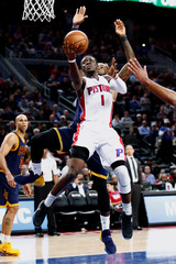 Fast start lifts Pistons to win over Knicks
