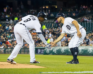 Tigers score 9 in 5th, rout Mariners 19-9
