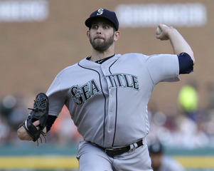 Paxton dominant as Mariners blank Tigers 8-0