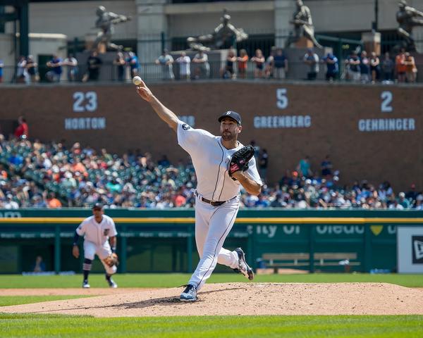 No hits till 6th: Verlander, Tigers top Dodgers