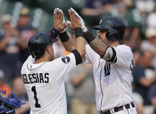 Jones, Hicks blast 2 homers in Tigers' 13-2 win