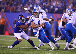 Stafford throws for 2 TDs as Lions beat Giants