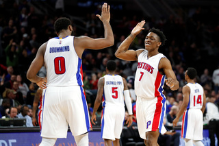 Pistons win 4th straight against Portland