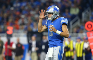 Stafford helps Lions beat Browns 38-24