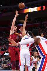 Cavaliers win in 116-88 rout of Pistons